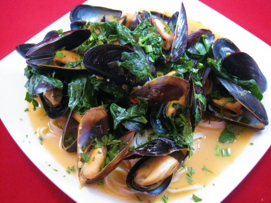 Cara's Cravings » Thai Red Curry Mussels