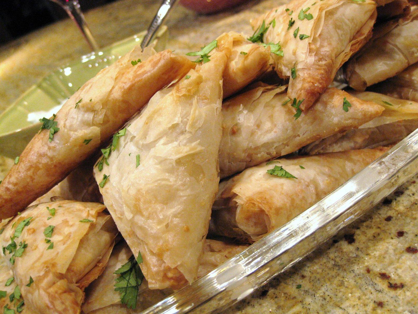 style chicken pie moroccan style chicken pie b stilla moroccan chicken ...