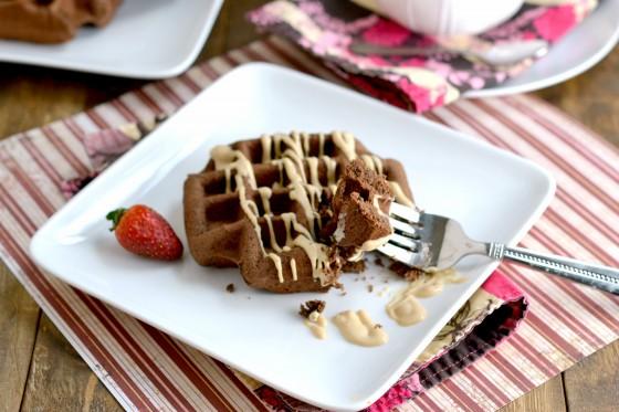 Valentine's Day, gluten-free, dairy-free, waffles, chocolate waffles, peanut butter tofu frosting, peanut butter tofu pudding, pb2, bell plantation, nunaturals, stevia, liquid vanilla stevia