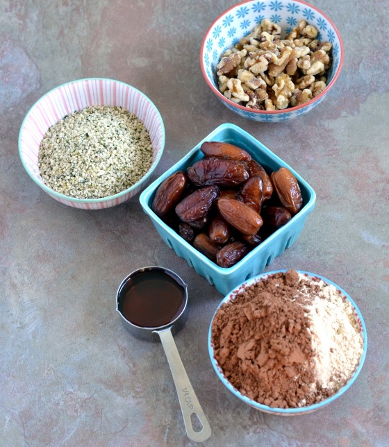 vegan protein bars, homemade lara bars, gluten-free protein bars, hemp protein powder