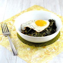 kale with eggs