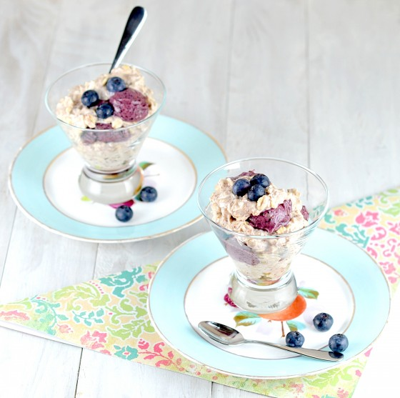 overnight oats, blueberry overnight oats, banana soft serve