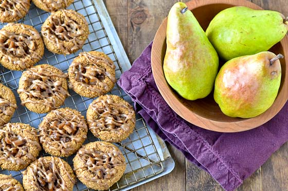 grain free gingerbread cookies, grain free ginger cookies, almond flour ginger cookies, paleo ginger cookies, paleo soft ginger cookies, pear cookies, pear ginger cookies, national pear month
